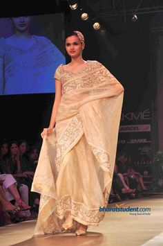 Pallavi Jaikishan Show at Lakme Fashion Week Winter/Festive 2012
