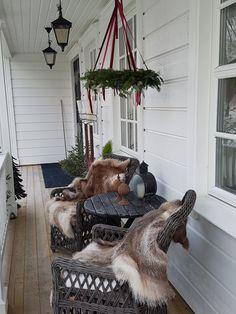 Jul på verandan 2018. Hanging Chair, Instagram Posts, Christmas, Inspiration, Furniture, Home Decor, Xmas, Biblical Inspiration, Decoration Home