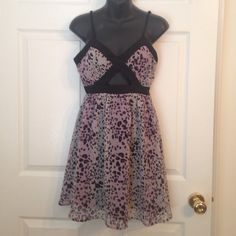 Black, White &Purple Short Dress w/ Cutout So cute! Just doesn't fit anymore :( Someone take this dress out for a night on the town like it deserves! Forever 21 Dresses