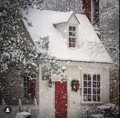 Content in a Cottage: Christmas Cottage in the Snow Cottages And Bungalows, Cabins And Cottages, Cute Cottage, Cottage Style, Cottage Living, Cottage Homes, Colonial Cottage, Storybook Cottage, Cute House