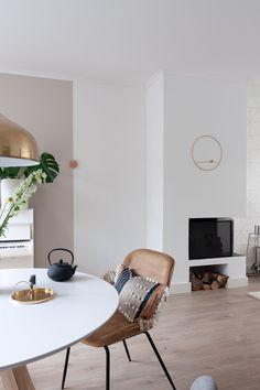 Ochre and gold tones livingroom inspiration Living Room Inspiration, Living Room, Interior Inspiration, Living Room Scandinavian, Living Room Designs, Interior, House Interior, Home Furnishings, Home Deco