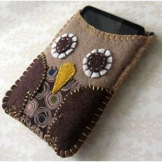 Phone cover... so cute for christmas gifts!
