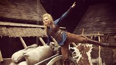 'Vikings' Season 3: See photos of Lagertha's new costumes - Zap2it | News & Features