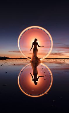Light Painting Photography, Photography Themes, Exposure Photography, Night Photography, Creative Photography, Fine Art Photography, Amazing Photography, Landscape Photography, Portrait Photography
