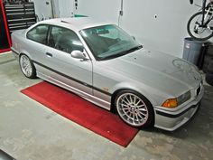 Bmw e36 coupe on 18'' styling 32 wheels Bmw E36 318i, E36 Coupe, Bmw 3 Series, Bmw Cars, Jdm, Vintage Cars, Cool Cars, Dream Cars, Automobile