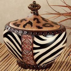 Jar With African Safari Decor