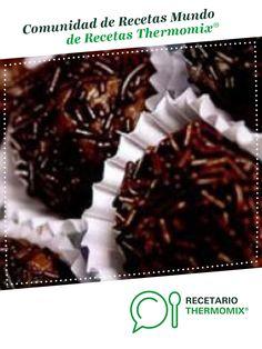 Trufas por Thermomix®. La receta de Thermomix® se encuentra en la categoría Dulces y postres en www.recetario.es, de Thermomix® Fondant, Meat, Food, Chocolates, Salads, World, Chocolate Truffles, Cooking Recipes, Pastries