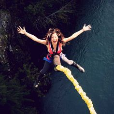 Experience a true adrenaline rush with Whistler bungee jumping. Book your 160 foot plunge today. Mole Man, Nepal Mount Everest, Rock Climbing Gear, Best Fails, Hang Gliding, Bungee Jumping, British Men, Whistler, Extreme Sports