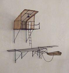 ° chercheur de silence fil de fer & tarlatane teintée H 17 X L24 X P11 cm