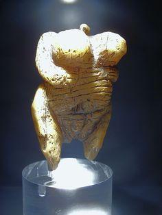 33-35 тыс лет до нашей эры Венера из Холе-Фельс