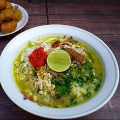 Resep Soto Ayam Kuah Bening Soto Ayam Recipe, Keto Recipes, Healthy Recipes, Healthy Food, Indonesian Cuisine, Complete Recipe, Creative Food, Easy Cooking, Easy Meals