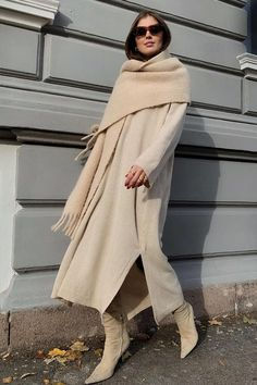 Sure What to Wear Today? Here Are 12 Outfits Stylish Girls Always Turn ToNot Sure What to Wear Today? Here Are 12 Outfits Stylish Girls Always Turn To Modest Fashion, Women's Fashion Dresses, Trendy Fashion, Womens Fashion, Fashion Trends, Dresses Dresses, Fashion Clothes, Casual Dresses, Sweater Dresses