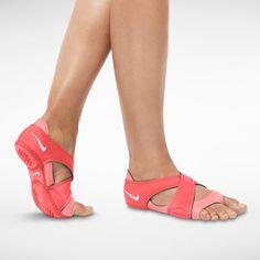 Nike Studio Wrap Training Toned Yoga Dance Barre Pilates Size XS New Clogs, Yoga Shoes, Pointe Shoes, Nike Studio Wrap, Wrap Shoes, Heath And Fitness, Toe Socks, Womens Clothing Stores, Golf Clothing