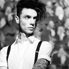 andy biersack, black veil brides, and bvb<<<huh funny I thought he was also know as Andy Black Andy Black, Black Veil Brides Andy, Emo Bands, Music Bands, Beautiful Men, Beautiful People, Amazing People, Beautiful Celebrities, Bvb Fan