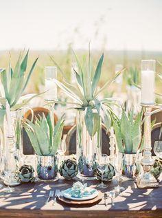 Desert Tablescape, Agave Centerpieces | Floral + Decor: Atelier de LaFleur | Photography: Elyse Hall | Tucson, Arizona