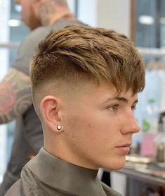 Choppy Taper Fade Haircuts für Jungs - I love my kids - Kurzhaar Popular Haircuts, Haircuts For Men, Cool Haircuts, Men's Haircuts, Taper Fade Haircut, Mens Fringe Haircut, Haircut Men, Mens Taper Fade, Undercut Fade