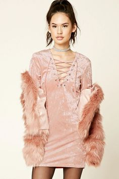 A crushed velvet mini dress featuring a self-tie lace-up front, V-neckline, and long sleeves. Cute Dresses, Short Dresses, Cute Outfits, Mini Dresses, 21 Dresses, Party Dresses, Mauve Dress, Dress Lace, Junior Fashion