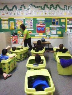 Awesome Flexible-Seating Classrooms That'll Blow Your Teacher Mind 16 Awesome Flexible-Seating Classrooms That'll Blow Your Teacher Mind – Bored Awesome Flexible-Seating Classrooms That'll Blow Your Teacher Mind – Bored Teachers Classroom Setting, Classroom Setup, Classroom Design, Classroom Organization, Classroom Flexible Seating, Reading Corner Classroom, Future Classroom, Autism Classroom, Special Education Classroom