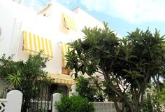 Bungaló3 Habitación en El Campello de alquiler a partir 256 € por semana, con piscina común. Also with balcón/terraza y Televisión.