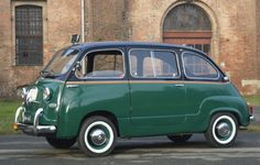 Fiat 600 Multipla. www.italianways.com/fiat-600-multipla-and-italys-memories/ #cars #classiccars #italianways