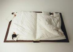 Book Bed  - Photographer Yusuke <3