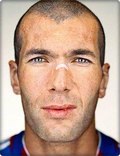 Zinedine Zidane by Martin Schoeller Martin Schoeller, Zinedine Zidane, Celebrity Faces, Celebrity Portraits, Celebrity Headshots, Celebrity Photography, Portrait Photography, People Photography, George Clooney