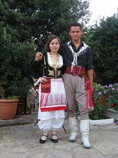 Traditional Cretan costumes by Maragakis Manolis, via Flickr. White sariki. Greek Traditional Dress, Traditional Fashion, Traditional Outfits, International Clothing, Art Populaire, Greek Culture, Folk Dance, Stephane Rolland, Greek Clothing