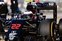McLaren e Stratasys juntas para levar manufatura aditiva à Fórmula 1 : Blog Sobre a McLaren >O piloto Bruce McLaren fundou a equipe McLaren em 1963. No ano passado, em Mônaco, a McLaren comemorou 50 anos de corridas na Fórmula 1. Desde 1966, quando participou da sua primeira corrida na Fórmula 1, a McLaren já ganhou 20 campeonatos mundiais e mais de 180 grand prix. Agora é mundialmente conhecida como um dos concorrentes mais bem sucedidos do esporte e como uma das marcas de tecnologia mais…