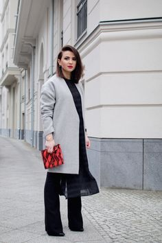 flared-jeans Flare Jeans, My Outfit, Layers, Normcore, Outfits, Style, Fashion, Trousers, Layering