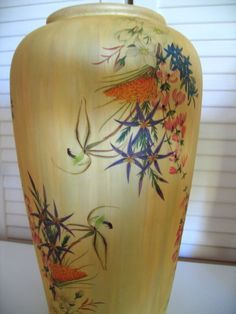 STUNNING WORK.. VERY FINE CUT-OUTS on this CREAM PEARLISED FLORAL 45 Cm tall vase... RARE !!