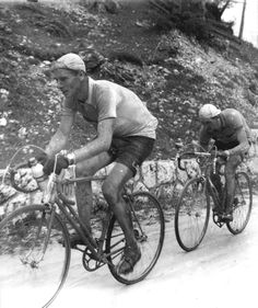 .....Hugo Koblet giving Bartali a whipping, Giro, 1950