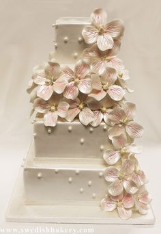 Pearl Wedding CakesFondant CakesBakery ChicagoHydrangeaBakeries SpraysCookiesCastleWedding