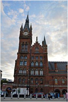 Estación de ST Pancras.  Londres  http://www.viajesenfamilia.it/