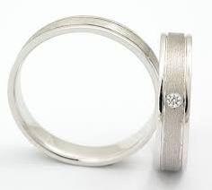 Výsledek obrázku pro jednoduché prstýnky bílé zlato