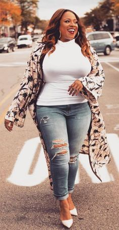 Stylish Plus-Size Fashion Ideas – Designer Fashion Tips Plus Size Fashion For Women, Black Women Fashion, Latest Fashion For Women, Plus Size Women, Womens Fashion, Plus Size Girls, Ladies Fashion, Fat Fashion, Curvy Girl Fashion