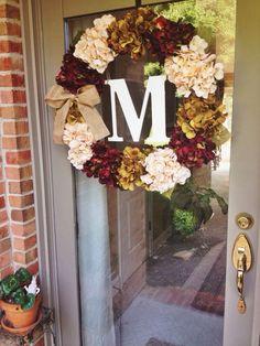 Fall wreath - Cream/white hydrangea with burlap bow. Fall Crafts, Holiday Crafts, Diy Crafts, Diy Wreath, Wreath Ideas, Door Wreaths, Initial Wreath, Holiday Wreaths, Easy Fall Wreaths