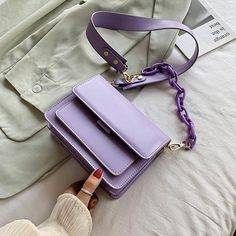 Fashion Handbags, Purses And Handbags, Fashion Bags, Leather Handbags, Handbags For Women, Cute Handbags, Women Bags, Travel Handbags, Beautiful Handbags