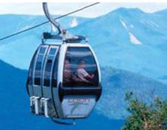 At Loon Mountain enjoy a gondola Skyride that features beautiful White Mountain scenery and access to Glacial Caves, artisan crafters, and a self-guided nature tour. Loon also offers a Zipline adventure that thrills guests as it soars above the Pemigewasset River.