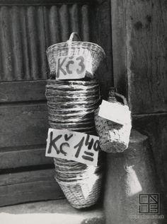 Karol Aufricht: Košíky / Baskets (1933)