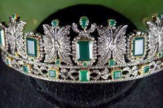Amazing 15 10ct Rose Cut Diamond Emerald Wedding Designer Tiara