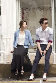 Street Fashion on Garosu Gil, Seoul, Korea