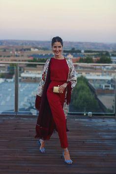 http://invitadaperfecta.es/invitadas/look-invitada-bbc-mono-kimono-lowcost/7685