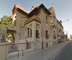 Вилла Леопольда Киндермана ул. Вульчанская 31 была построена в 1901 году архитектором - Густавом Ландау-Гутентегером. Лодзь. Польша