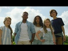 KIDS UNITED - L'Oiseau Et l'Enfant (Clip officiel) - YouTube