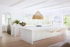 Home Interior Decoration .Home Interior Decoration Kitchen Island Bench, Kitchen Dining, Kitchen Decor, Diy Kitchen, Kitchen Ideas, Order Kitchen, Kitchen Centerpiece, Brass Kitchen, Kitchen Hardware