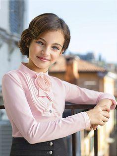 Блузки для девочек для школы (58 фото): школьные блузы, нарядные модели, трикотажные