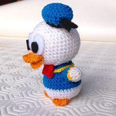 Tutorial gratuito per realizzare un piccolo Paperino (Donald Duck) amigurumi all'uncinetto