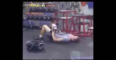 Os exercícios mais estranhos na academia