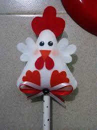Resultado de imagem para galinha na colher de pau