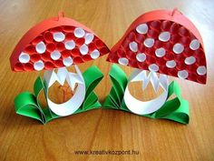Children's creativity and poetry for children – Knippen Halloween Crafts For Kids, Kids Crafts, Diy And Crafts, Arts And Crafts, Autumn Crafts, Autumn Art, Mushroom Crafts, Paper Quilling, Creative Kids